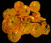 Rattan Ball LED Kugel Lampion Lichterkette - gelb