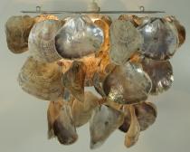 Deckenlampe / Deckenleuchte Acapulco , Muschelleuchte aus hunderten Capiz, Perlmutt-Plättchen