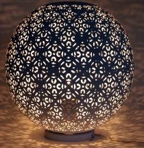 Metall Tischlampe / Tischleuchte in marrokanischem Design, orientalische Lampe in Kugelform