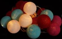 Stoff Ball Lichterkette LED Kugel Lampion Lichterkette - türkis/weiß/rot