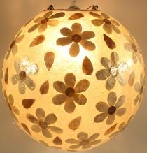 Deckenlampe / Deckenleuchte Mila, handgemacht in Bali, Fieberglas mit Capiz muster