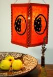 Lokta Papier Hänge-Lampenschirm, Deckenleuchte aus handgeschöpftem Papier - Mond rot