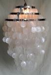 Deckenlampe / Deckenleuchte Sangria chrome, Muschelleuchte aus hunderten Capiz, Perlmutt-Plättchen