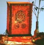 Lokta Papier Tischlampe, eckige Tischleuchte - Mandala rot