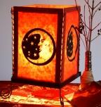 Lokta Papier Tischlampe, eckige Tischleuchte - Mond rot