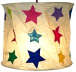 runde Papier Hängelampe, Papierlampenschirm Annapurna, handgeschöpftes Papier - weiß/bunte Sterne
