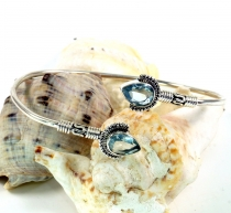 Boho Bangle, Bracelet with semi-precious stone - Aquamarine