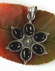 Ethno Blossoms Silver Pendants, Indian Boho Pendant - Onyx